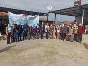 """Turgutlu'da Açılan """"Çiftçi Tarla Okulu"""" İlk Eğitimi Tamamlandı"""